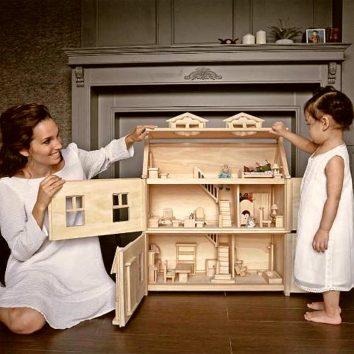 Casa de muñecas victoriana Plantoys