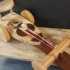 Coche carreras madera gomas