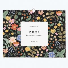 Calendario de pared estampado floral de Rifle Paper Co