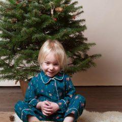 Pijama clásico Paseo de Invierno de Little Green Radicals