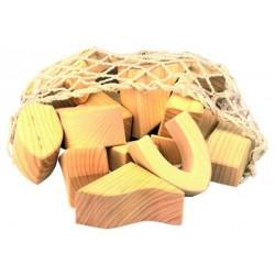 Bloques de madera color natural en bolsa